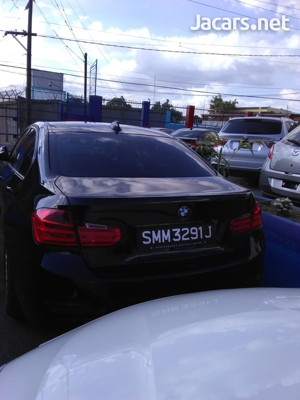 BMW 3-Series 1,6L 2014-3