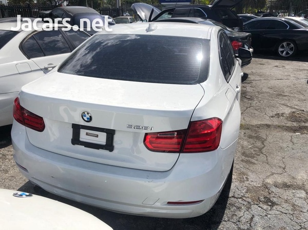 BMW 3-Series 2,8L 2013-3