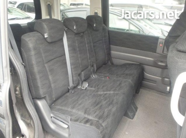Honda Stepwgn 2,0L 2012-13