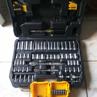 Dewalt 108pc tool set