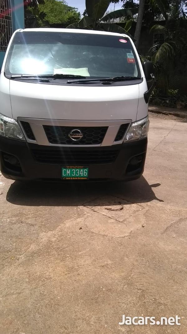 White Carvan 5,5L 2013-1
