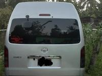 Toyota Hiace 2010 5l