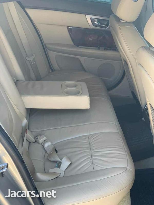 Jaguar XF 2,9L 2011-5