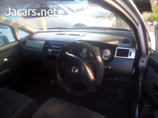 Nissan Tiida 1,6L 2012-4