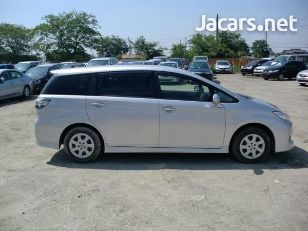 Toyota Wish 8,0L 2013-2