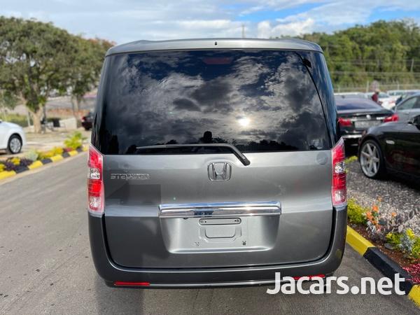 Honda Step wagon 2,0L 2010-5