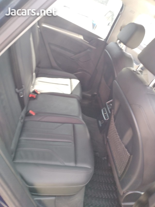 Audi Q5 2,0L 2018-13
