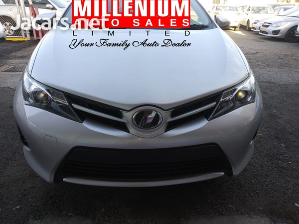 Toyota AURIS 1,5L 2015-1