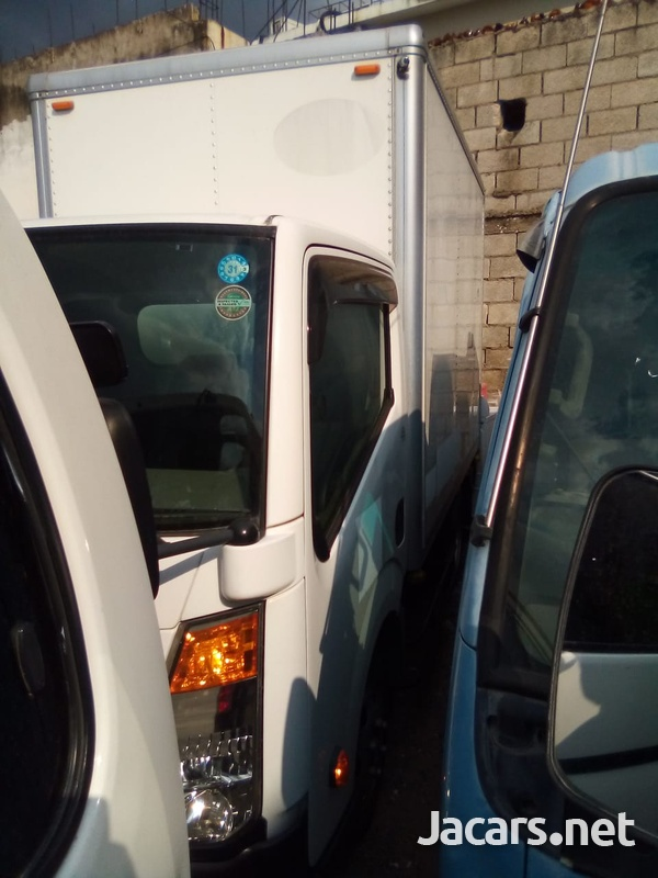 Nissan Atlas Box Truck 2013-9
