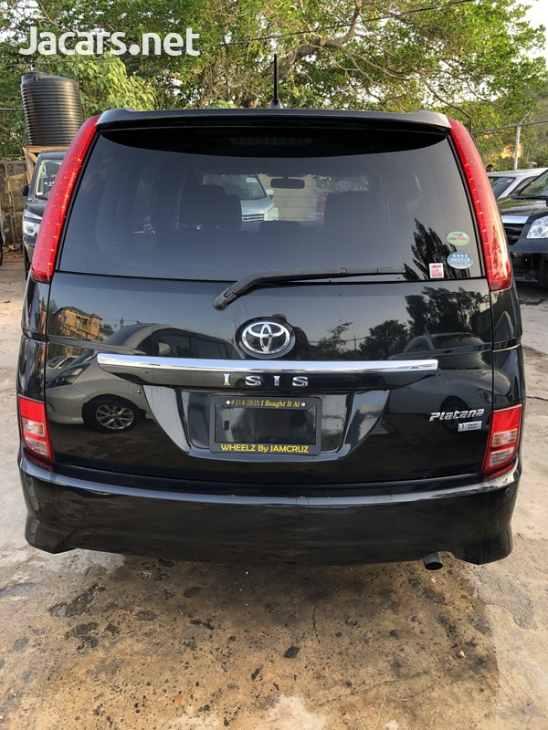 Toyota Isis 1,8L 2010-3