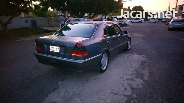 Mercedes-Benz C-Class 2,8L 1999-6