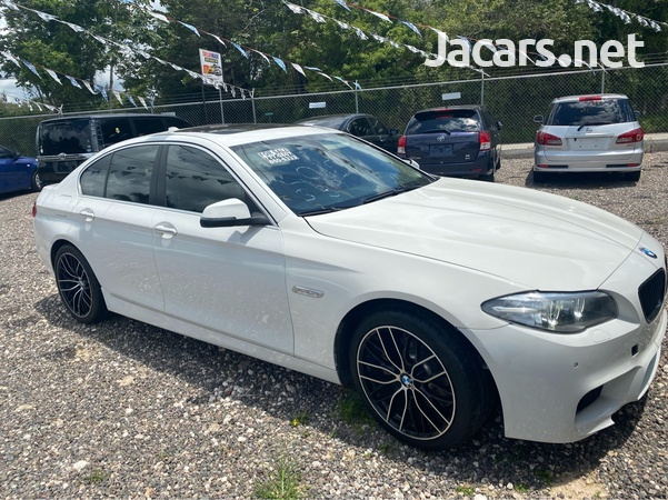 BMW 5-Series 2,5L 2015-3