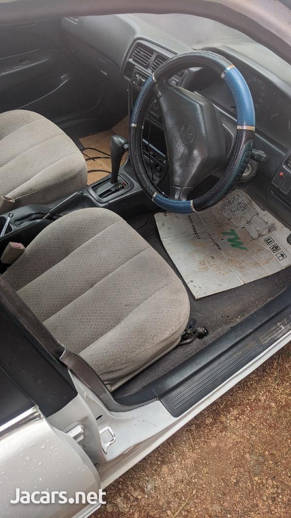 Toyota Corolla 1,6L 1996-5