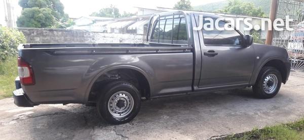 Isuzu DMAX Pickup Truck-4