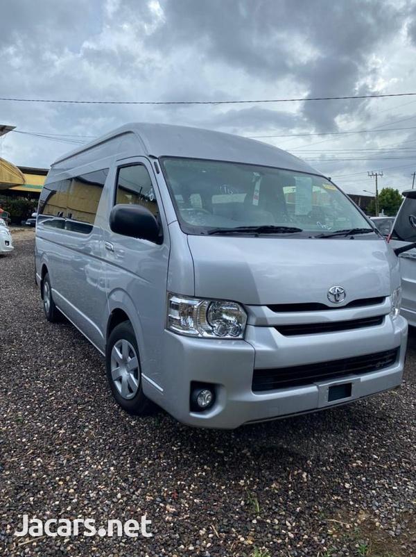Toyota Hiace 2,7L 2017-4
