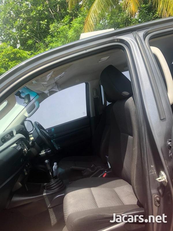 Toyota Hilux 3,0L 2017-7
