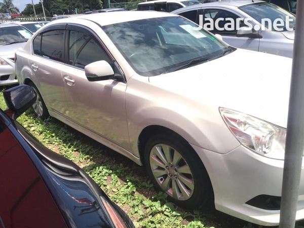 Subaru Legacy 2,4L 2011-4