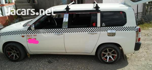 Toyota Probox 1,5L 2011-4