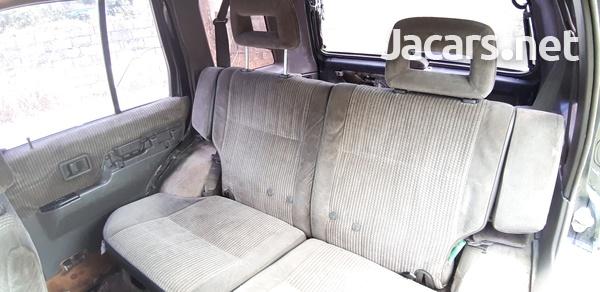 Nissan Pathfinder 3,0L 1991-5