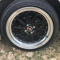 215,45,17 black and shine rims and tire