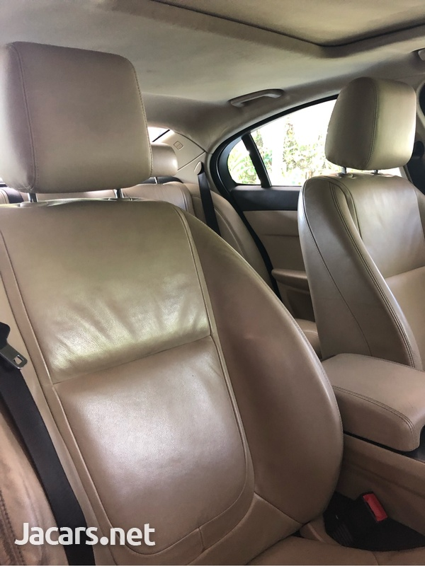 Jaguar XF 3,0L 2012-7