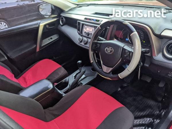Toyota RAV4 2,5L 2013-8