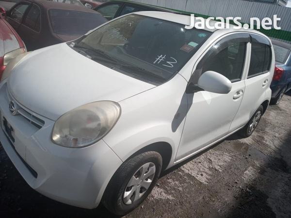 Daihatsu Boon 1,0L 2012-7