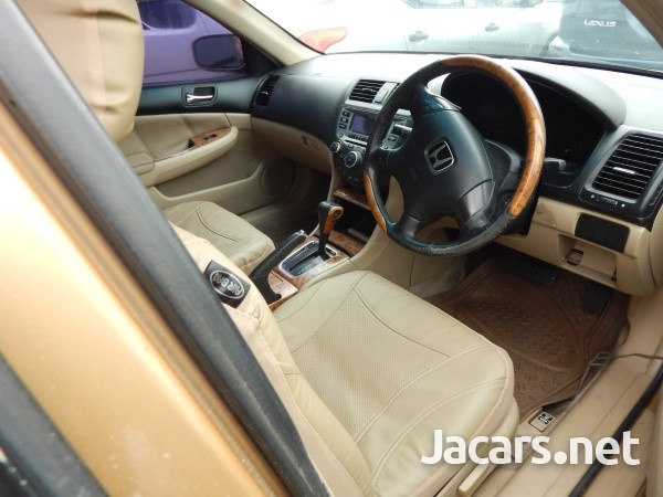 Honda Accord 1,5L 2003-5