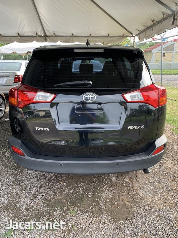 2014 Toyota Rav4-7