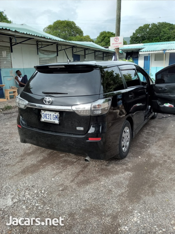 Toyota Wish 2,4L 2012-6