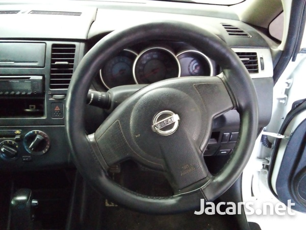 Nissan Tiida 1,5L 2007-3