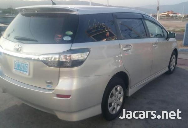 Toyota Wish 2,0L 2015-2