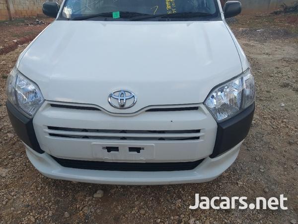 Toyota Succeed 1,5L 2014-7