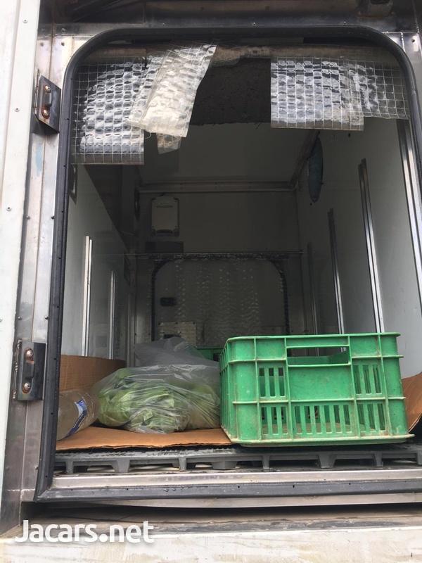 Isuzu Elf Freezer Truck-2