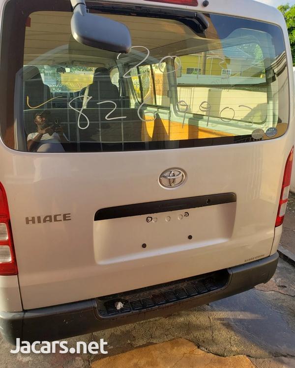 2013 Toyota Hiace-1