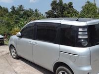 Toyota Sienta 2,1L 2007