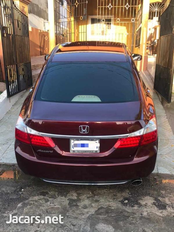 Honda Accord 2,0L 2013-6