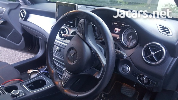Mercedes-Benz CLA-Class 2,0L 2016-6