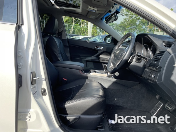 Toyota Mark X 2,5L 2011-9