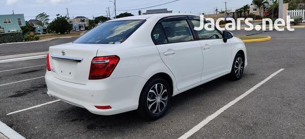 Toyota Axio 1,3L 2016-5