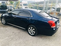 Toyota Crown Electric 2010