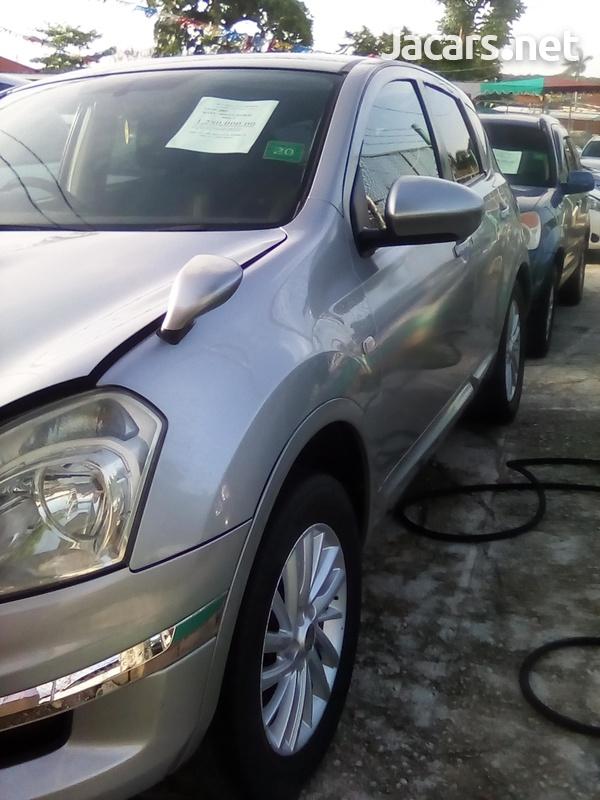 Nissan Dualis 2,0L 2009-5