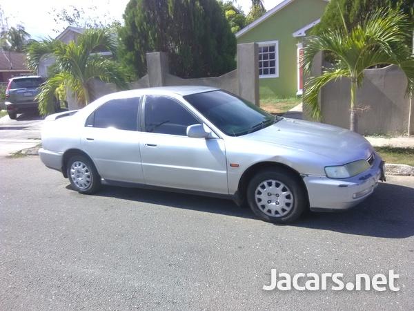 Honda Accord 0,8L 1996-5