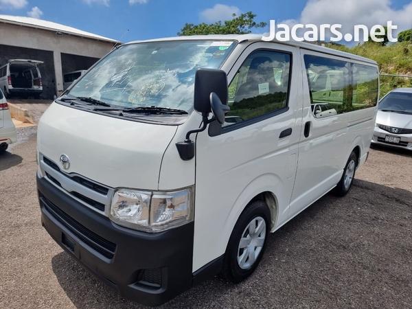 Toyota Hiace 2,0L 2013-9