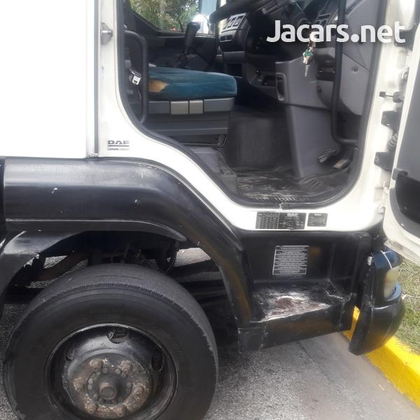 2004 DAF LF Truck-1