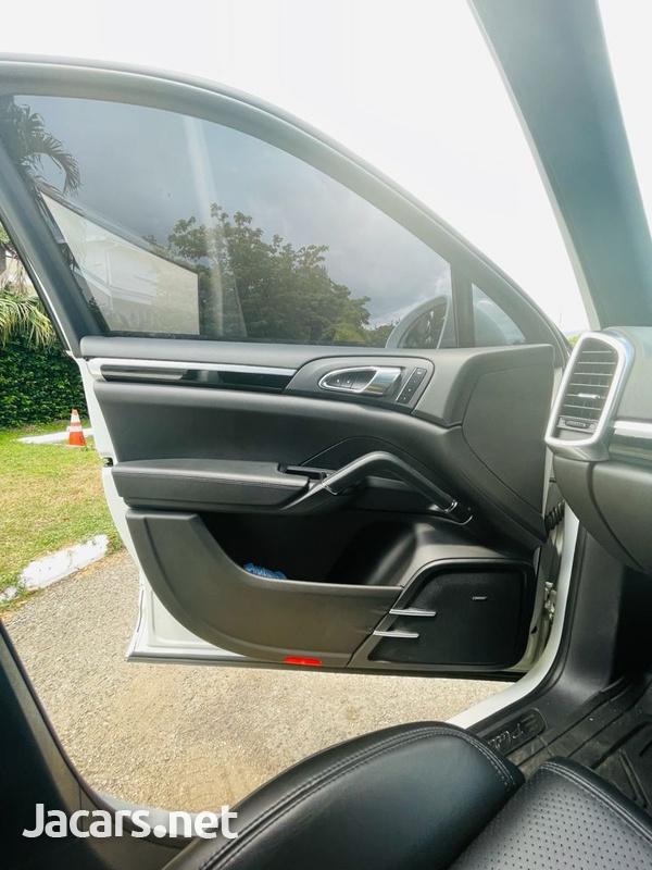 Porsche Cayenne 3,6L 2018-10