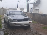 Nissan Bluebird 2,0L 1990