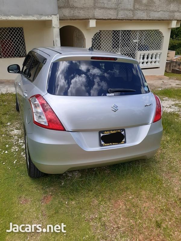 Suzuki Swift 1,3L 2012-3