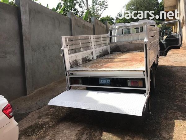2006 Isuzu Flat Bed Truck-11