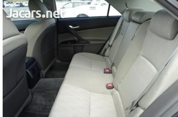Toyota Mark X 2,0L 2012-6